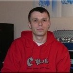 """<a href=""""http://www.hammerbass.fr/wordpress/wp-content/uploads/2012/10/2_2.jpg""""><img class=""""alignleft size-thumbnail wp-image-127"""" title=""""2_2"""" src=""""http://www.hammerbass.fr/wordpress/wp-content/uploads/2012/10/2_2-150x150.jpg"""" alt="""""""" width=""""150"""" height=""""150"""" /></a>Multi-instrumentiste issu de la scène reggae, <strong>KANKA</strong> compose depuis 1997. Ayant d'abord officié au sein de la formation rouennaise <strong>King Riddim</strong> et participé à l'élaboration des 2 premiers albums (percussions, samples), il fera avec le groupe + de 200 concerts ce qui lui a permis de cotoyer les pointures du genre comme <strong>Burning Spear</strong>, <strong>Gladiators</strong>, <strong>Horace Andy</strong>, <strong>Anthony B</strong>, <strong>Tyken Jah Fakoly, Alpha Blondy</strong>…  Véritable touche à tout batterie, percussions, clavier, basse, machines…), <strong>KANKA </strong>est un projet solo à l'origine et il sort son 1er album en 2003 : « <strong>Every Night's dub</strong> » (auto-production). Fruit d'un travail de 2 ans, ce disque ne sera malheureusement pas distribué au niveau national mais lui permettra de se faire repérer par certains acteurs de la scène dub française. C'est notamment après une rencontre avec le label HAMMERBASS qu'un titre sera pris pour la fameuse compilation <strong>I DUB YOU !</strong> sortie chez EMI début 2004 aux côtés de <strong>Lee Perry, Mad Professor, Jah Warrior, AlphaΩ, Brain Damage, Zenzile, le Peuple de l'herbe, Manasseh</strong>…  Mais le projet <strong>KANKA </strong>peut aussi se decliner sur scène où les instruments sont mélangés aux machines pour le + grand plaisir des dub addicts : il fait alors appel au chanteur/percussionniste <strong>MC OLIVA</strong> également présent sur l'album) qui est par ailleurs animateur du Sound System <strong>BLACKBOARD JUNGLE</strong> ( cf soirées Paris Dub Club…) et à un bassiste, CHRIS B, qui lui vient plutôt du milieu électro.  En 2004, ils auront notamment partagé l'affiche avec <strong>MANA"""